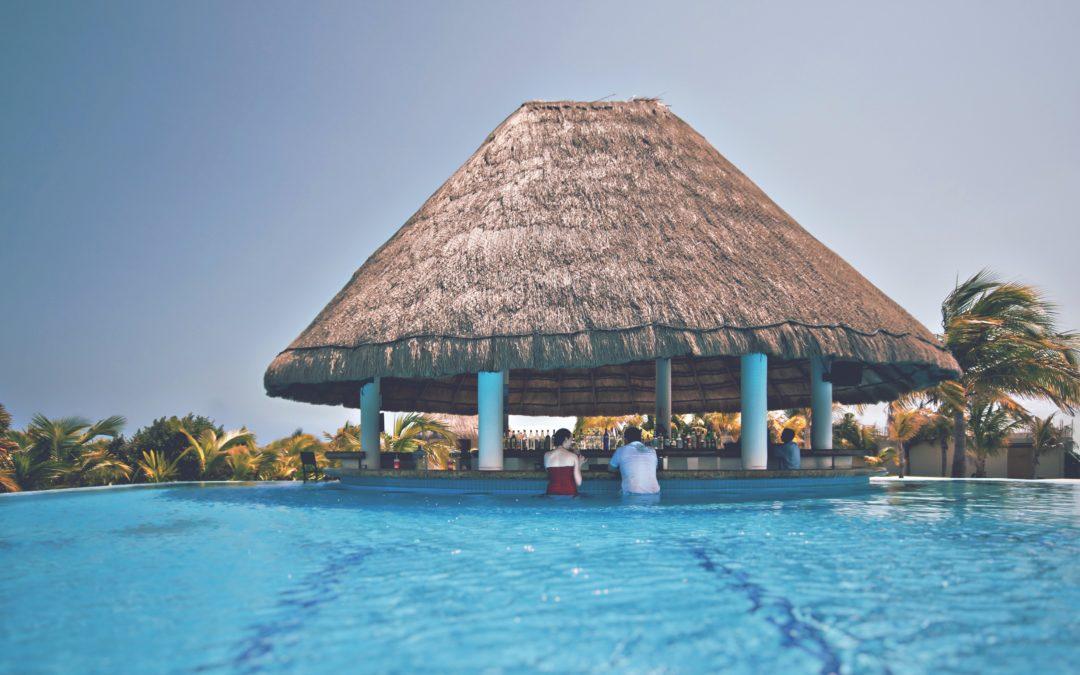 Le collier à boules du Club Med: première expérience cashless en resort hôtelier